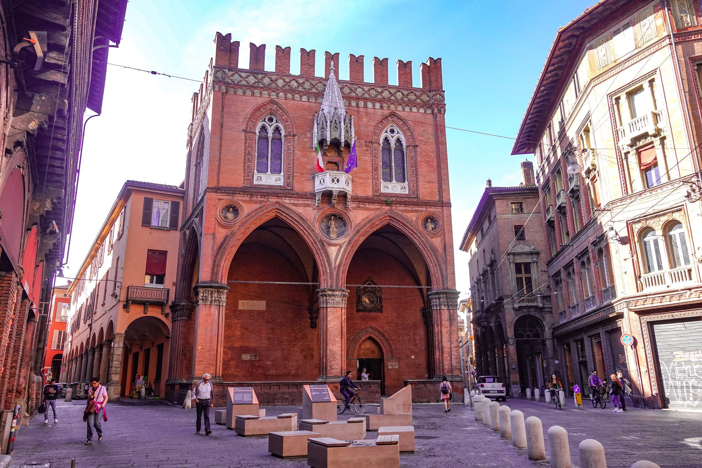 de Piazza della Mercanzia