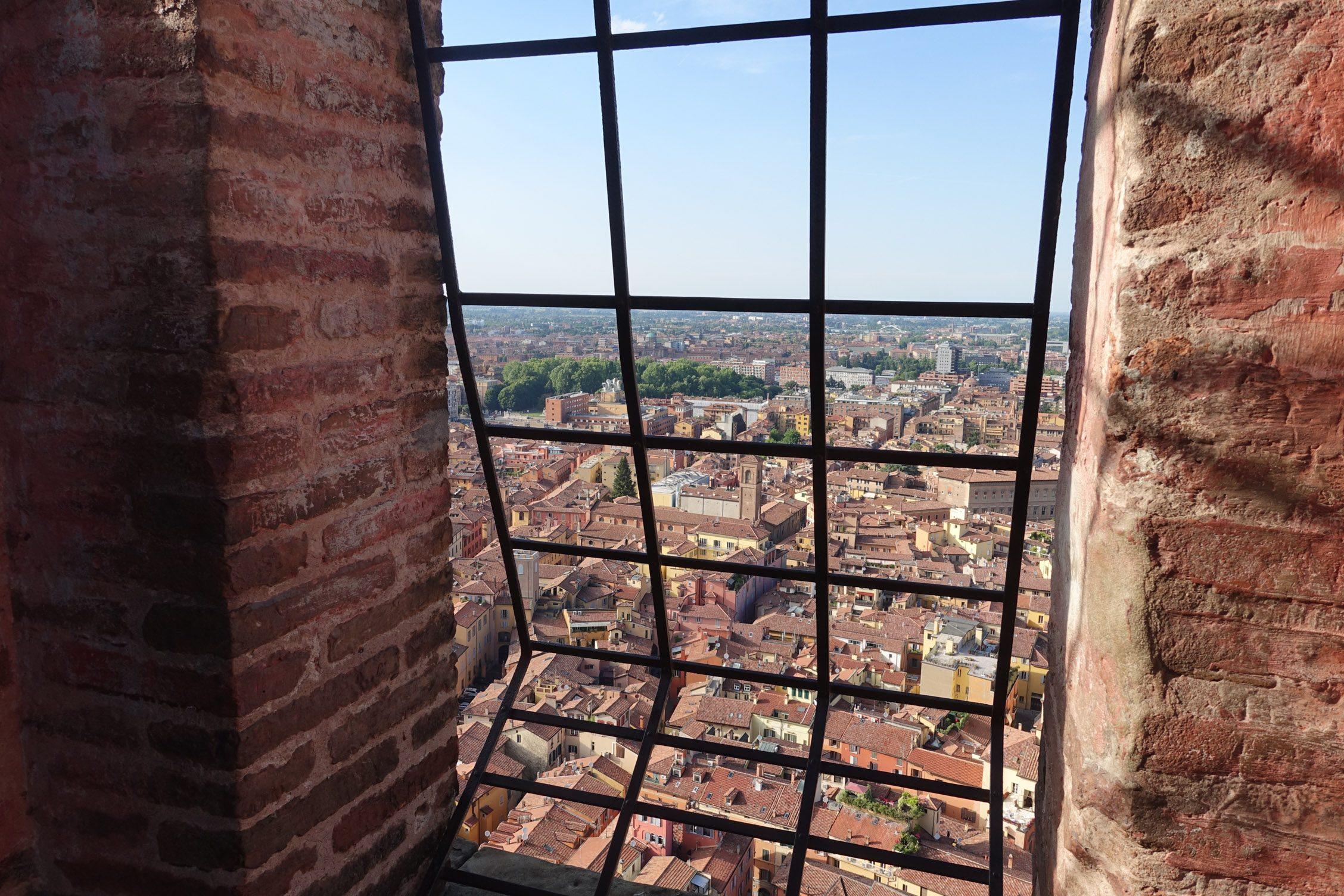 uitzicht vanuit de Asinelli-toren